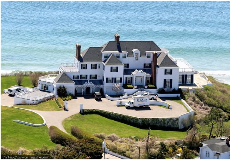 Taylor Swift- Rhode Island Beauty
