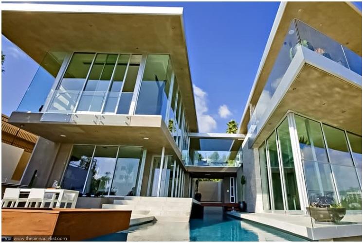 Avicii- Hollywood Villa