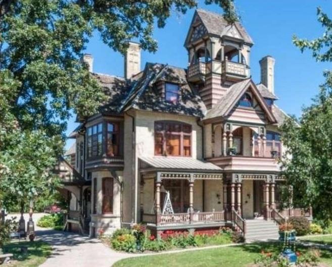 Американские дома с привидениями, выставленные на продажу_3