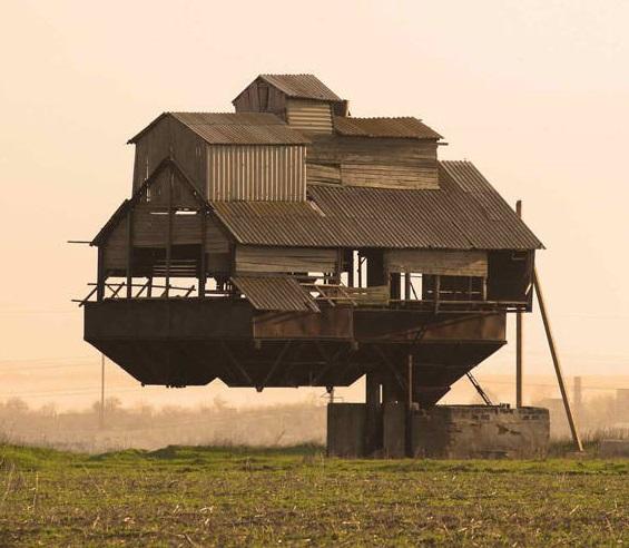 15 левитирующих домов со всего мира_5