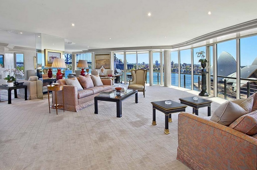 Sidney Harbor Front Penthouse