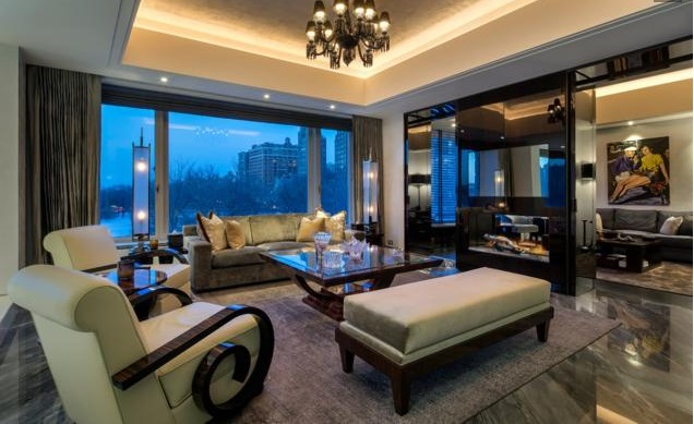 Saudi prince lists Manhattan apartment with bullet-proof panic rooms and aquarium for $48.5M_4