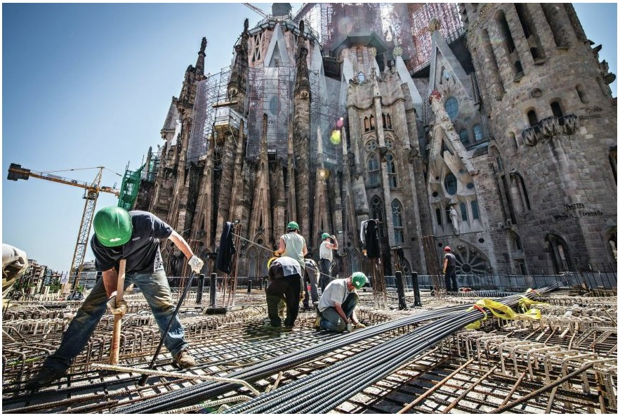 A Completion Date for Sagrada Família, Helped by Technology