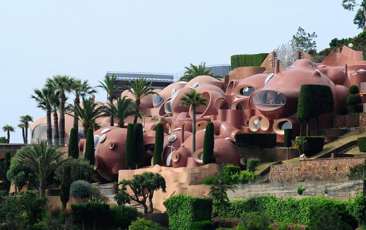 France's Bubble Palace