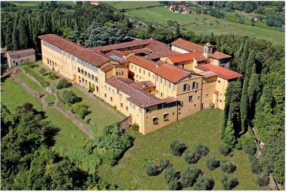 За 18 млн евро в Италии можно купить монастырь
