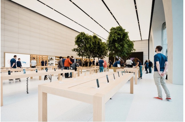 First Apple Store Designed Under Jony Ive Has Trees (!)
