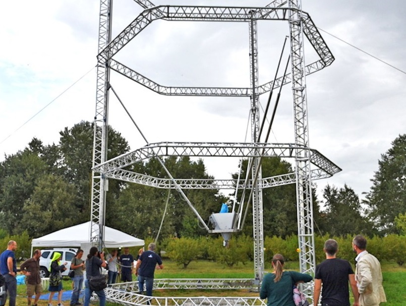 The world's largest Delta 3D printer can print nearly