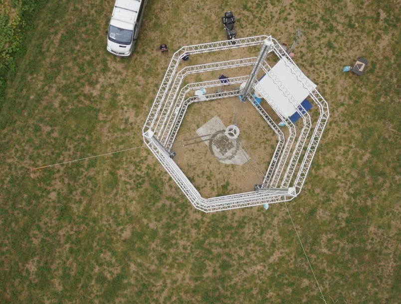 The world's largest Delta 3D printer can print nearly_2