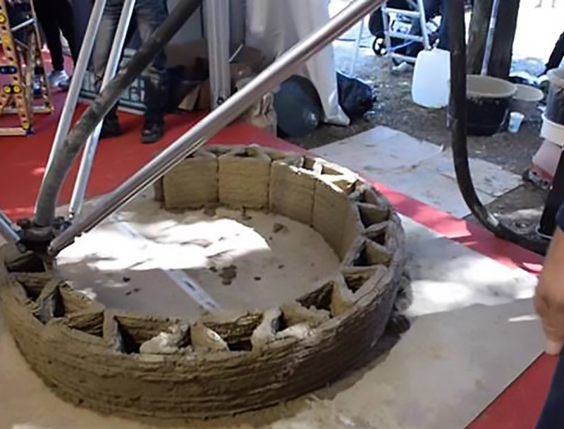 The world's largest Delta 3D printer can print nearly_3