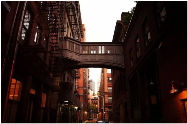You Can Own This Historic Tribeca Skybridge Connecting Two Apartments