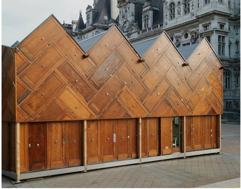 This pavilion in Paris was built using recycled wooden doors_4