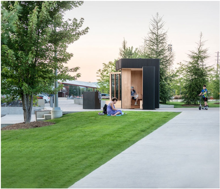 This small cabin can unfold into an open-air library_4