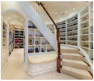 Двухэтажный гардероб