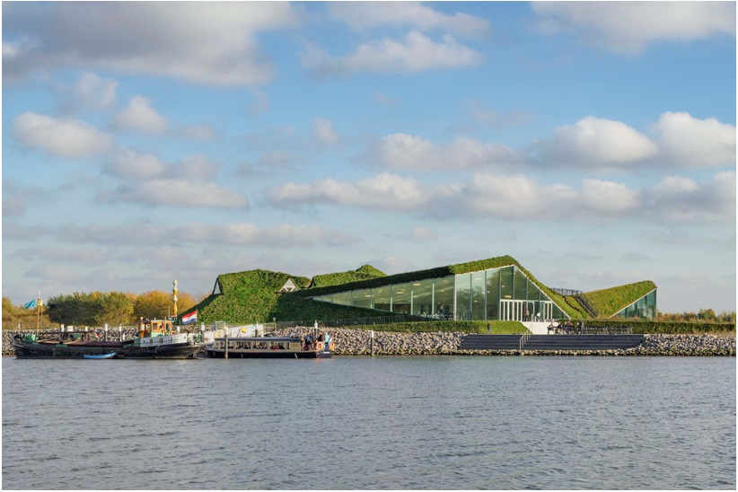 studio marco vermeulen tops renovated biesbosch museum with a grass roof_2