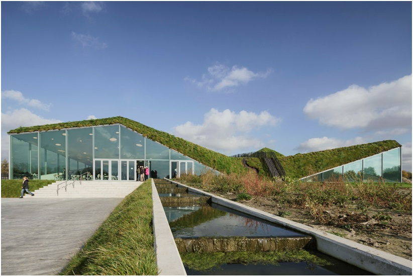 studio marco vermeulen tops renovated biesbosch museum with a grass roof_3
