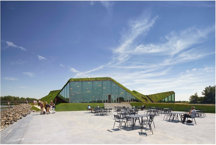 studio marco vermeulen tops renovated biesbosch museum with a grass roof_4
