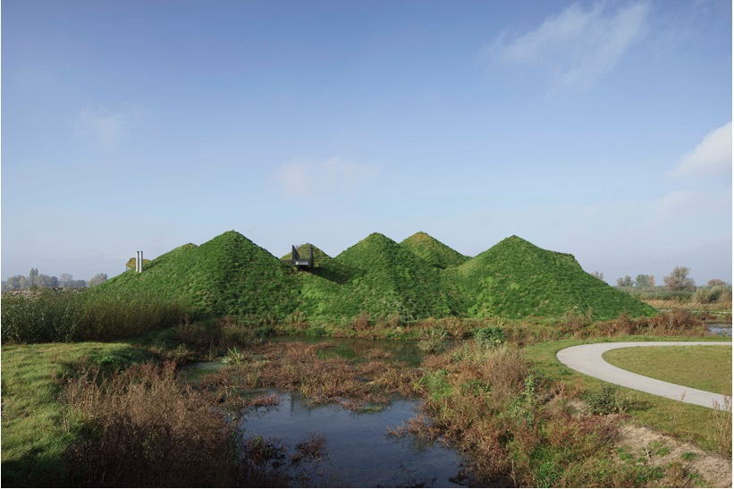 studio marco vermeulen tops renovated biesbosch museum with a grass roof_8