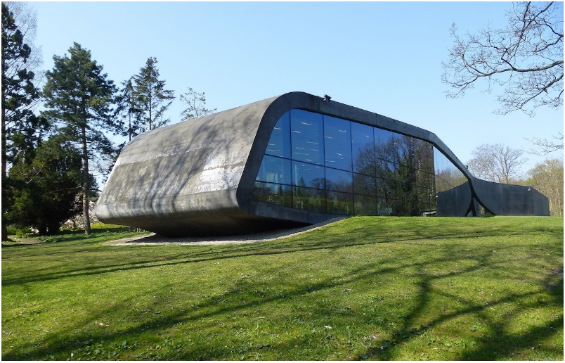 Zaha Hadid's extension of the Ordrupgaard Museum