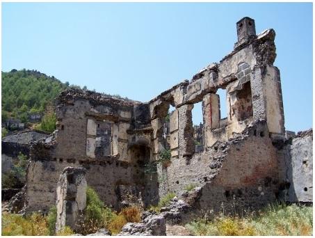 Греческая деревня продается в Турции