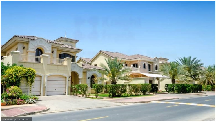 6 Bedroom Frond C Palm Jumeirah Villa With Its Own Beach