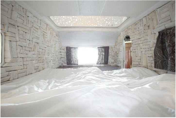 """The interior of the """"Kleine Schwester"""""""