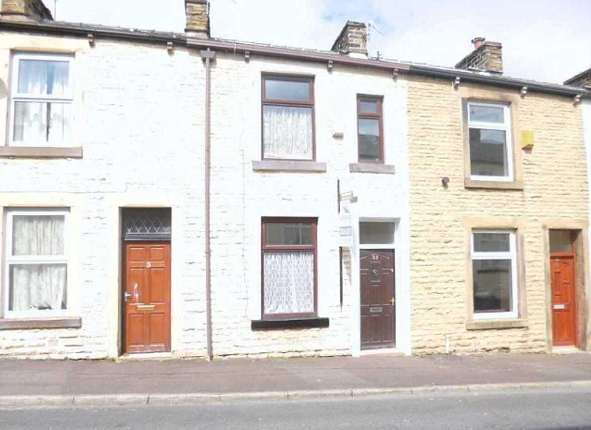 With a price tag of only £9,000, is this Burnley home the cheapest house on sale in Britain