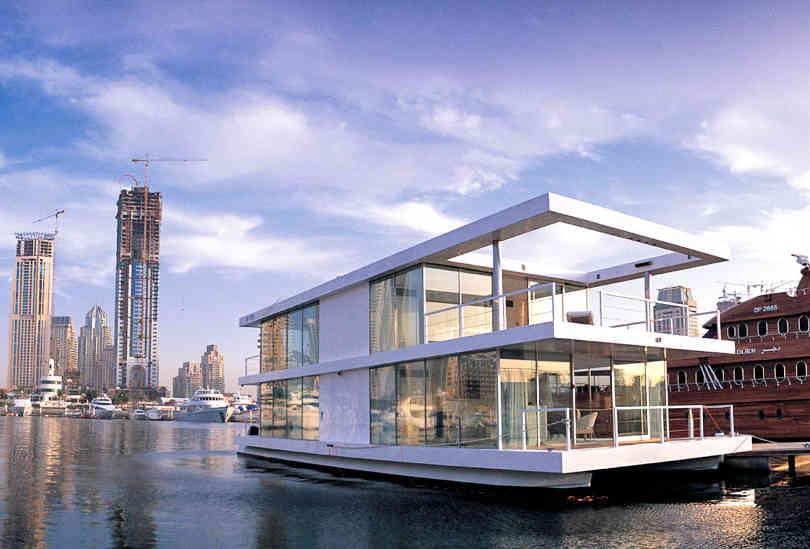 Dubai Houseboat Experience