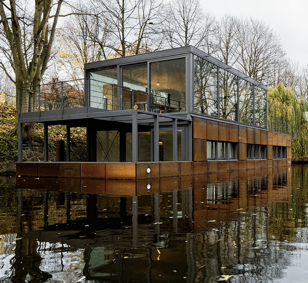 Houseboat in Hamburg
