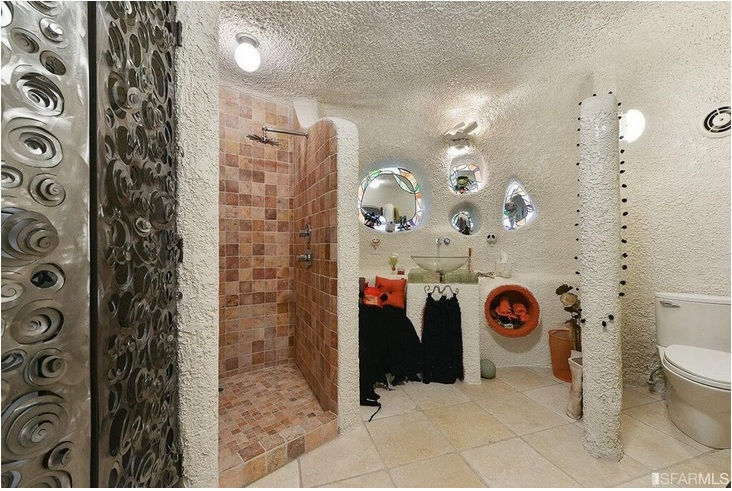 """The """"Flintstone House"""" Can Now Be Yours for $4.2 Million_3"""
