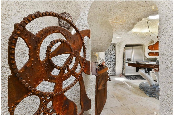 """The """"Flintstone House"""" Can Now Be Yours for $4.2 Million_4"""