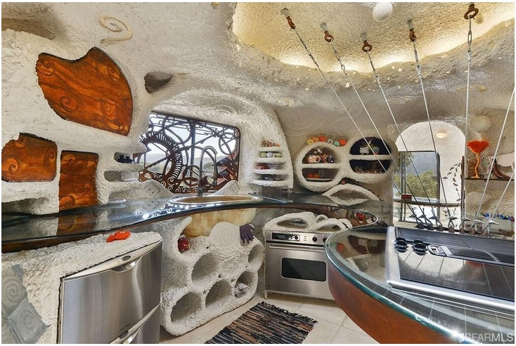 """The """"Flintstone House"""" Can Now Be Yours for $4.2 Million_7"""
