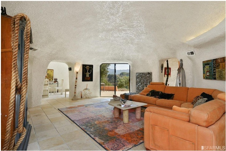 """The """"Flintstone House"""" Can Now Be Yours for $4.2 Million_9"""
