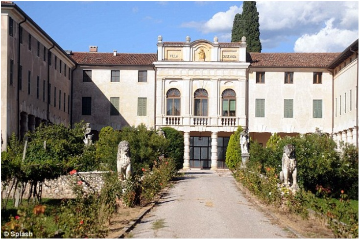 Brad and Angelina's Italian villa – Price $40 million